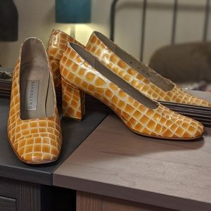 Vintage Bandolino Yellow Alligator Skin Heels